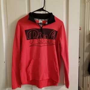 Like new Red vs pullover with a pocket